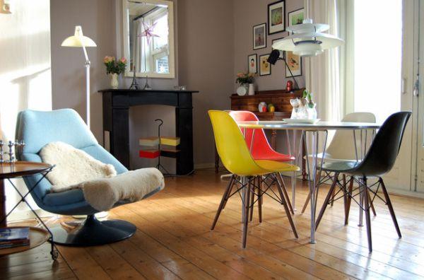 www.kaylovesvintage.blogspot.com
