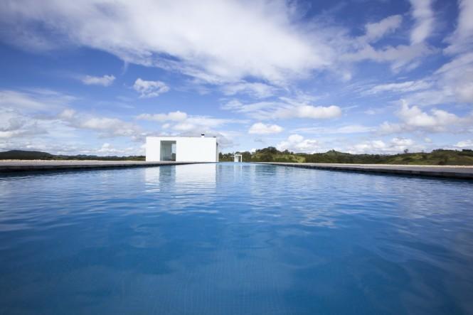 długi basen