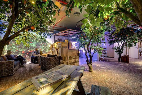 Projekt: www.camenzindevolution.com, www.setter.co.il, www.yarontal.com. Znalezione na: www.freshome.com