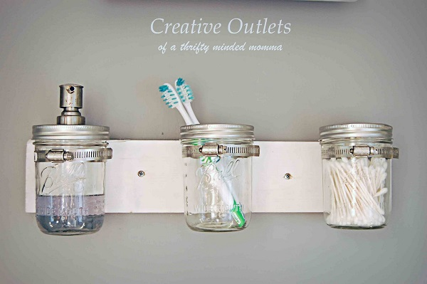 www.creativeoutletsofathriftymindedmomma.blogspot.com
