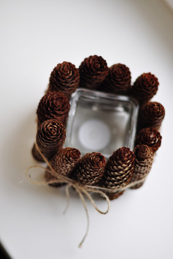 Pine-cone-lined-candle-holder-DIY