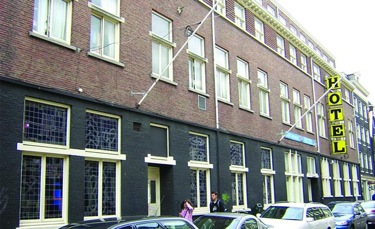 hostel Amsterdam