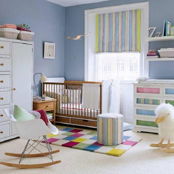 niebieski pokój niemowlaka