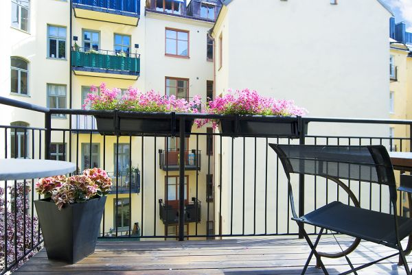 Mały balkon aranżacja