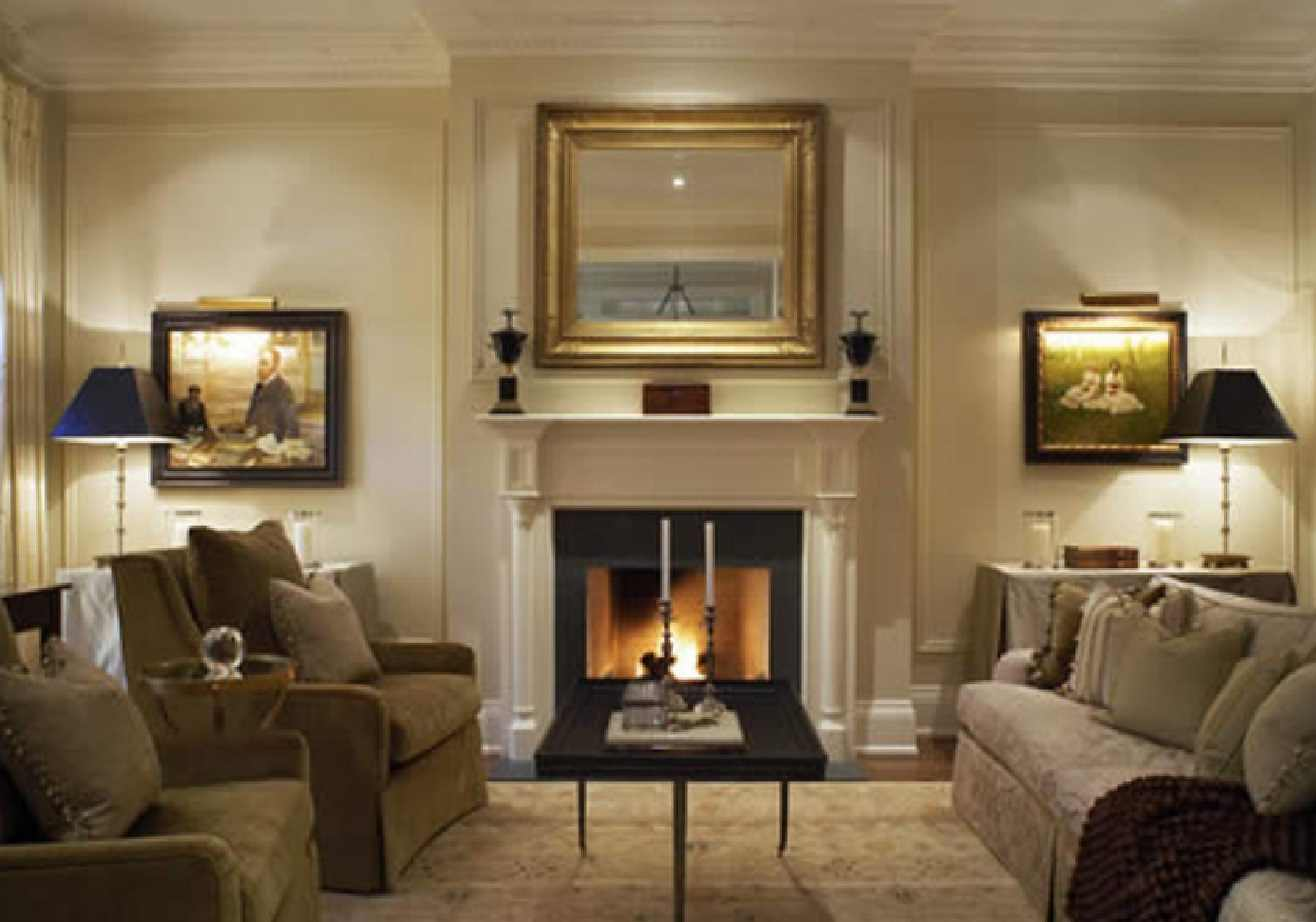 Elegancko i na temat salon w stylu klasycznym mieszkaniowe inspiracje for Decorating long walls in living rooms