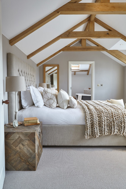 Dazzling-Coral-Throw-Blanket-trend-South-West-Farmhouse-Bedroom-Image-Ideas-with-beams-bedding-beds-cable-knit-throw-blanket-ensuite-ensuite-bathroom-exposed-beams-grey-bedroom