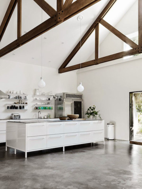 Hamptons-Home-with-Vipp-Kitchen-01